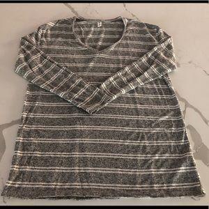 Long-sleeved tee/tunic
